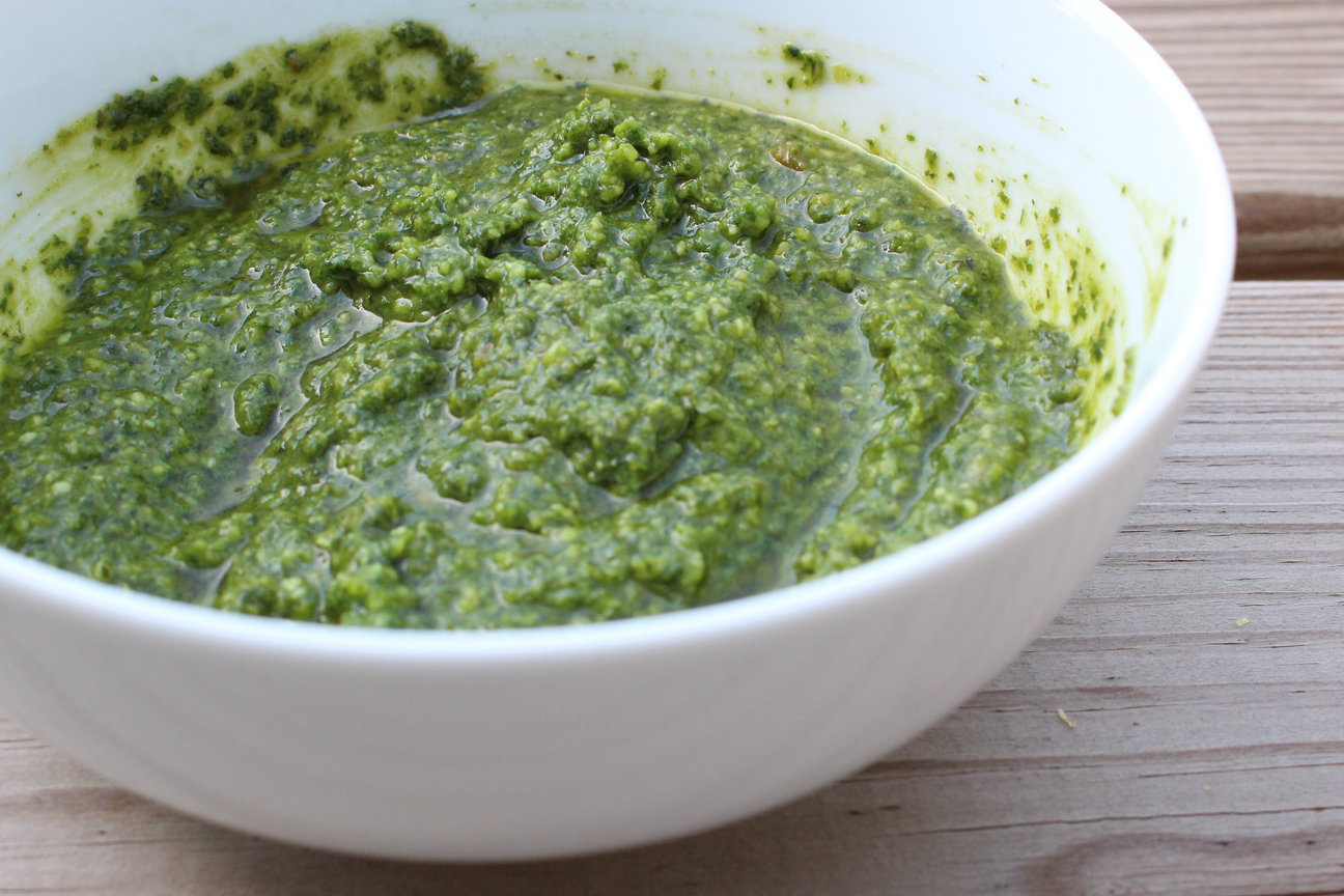 Fresh basil pesto recipe: To process or pestle? That is the question ...