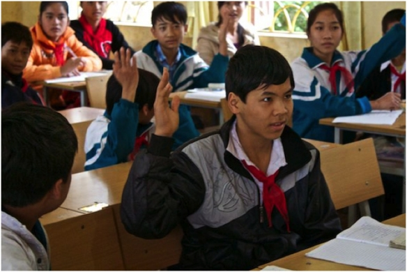 Children in our Vietnamese cinnamon supplier communities can attend school due to Frontier Co-op funding.